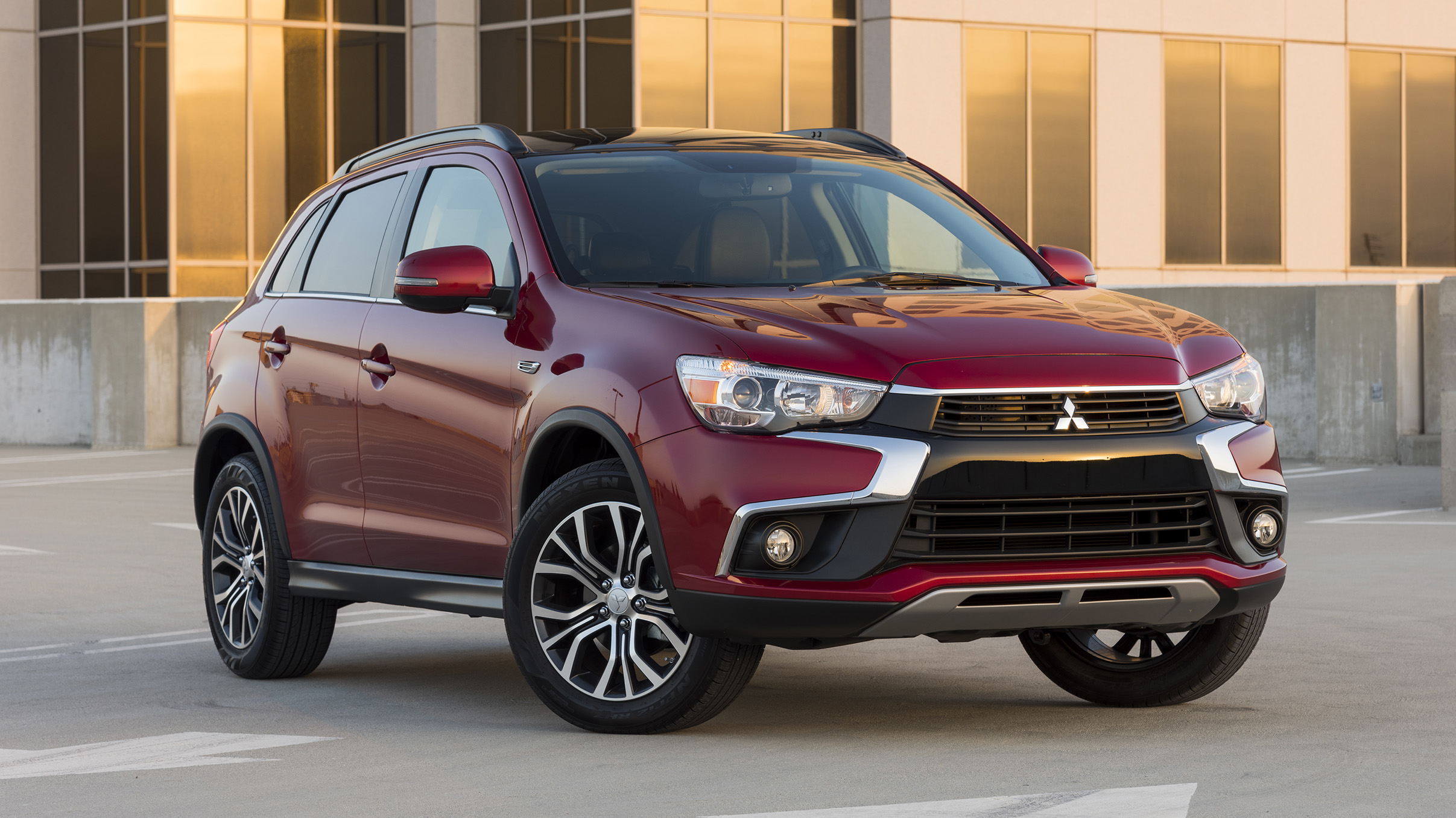 variant shown car ls suv safety review reviews awd andrew chesterton blue outlander carsguide mitsubishi manual pack