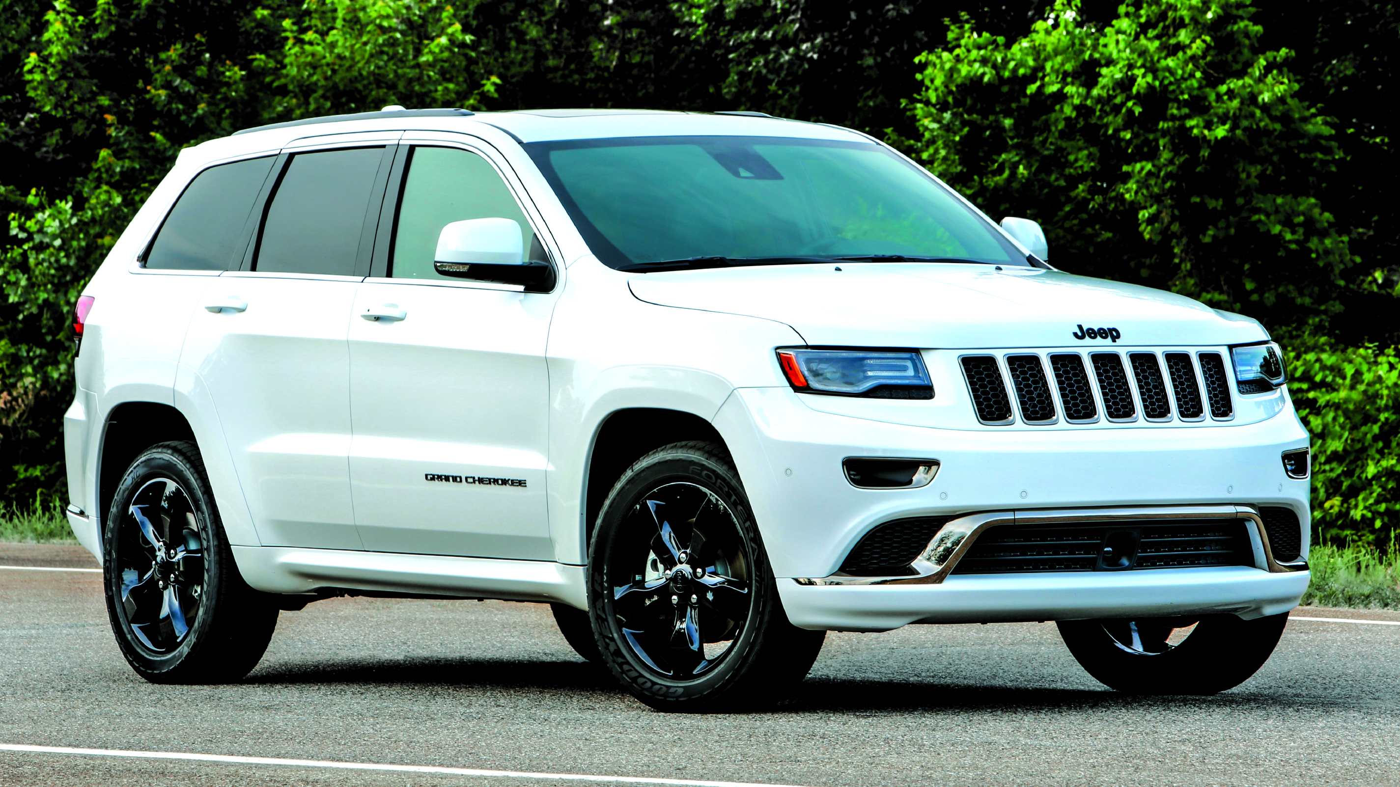 The 2016 Jeep Grand Cherokee Delivered Consumers An Unprecedented  Combination Of Best In Class Fuel Economy And Driving Range, A Choice Of  Leading ...